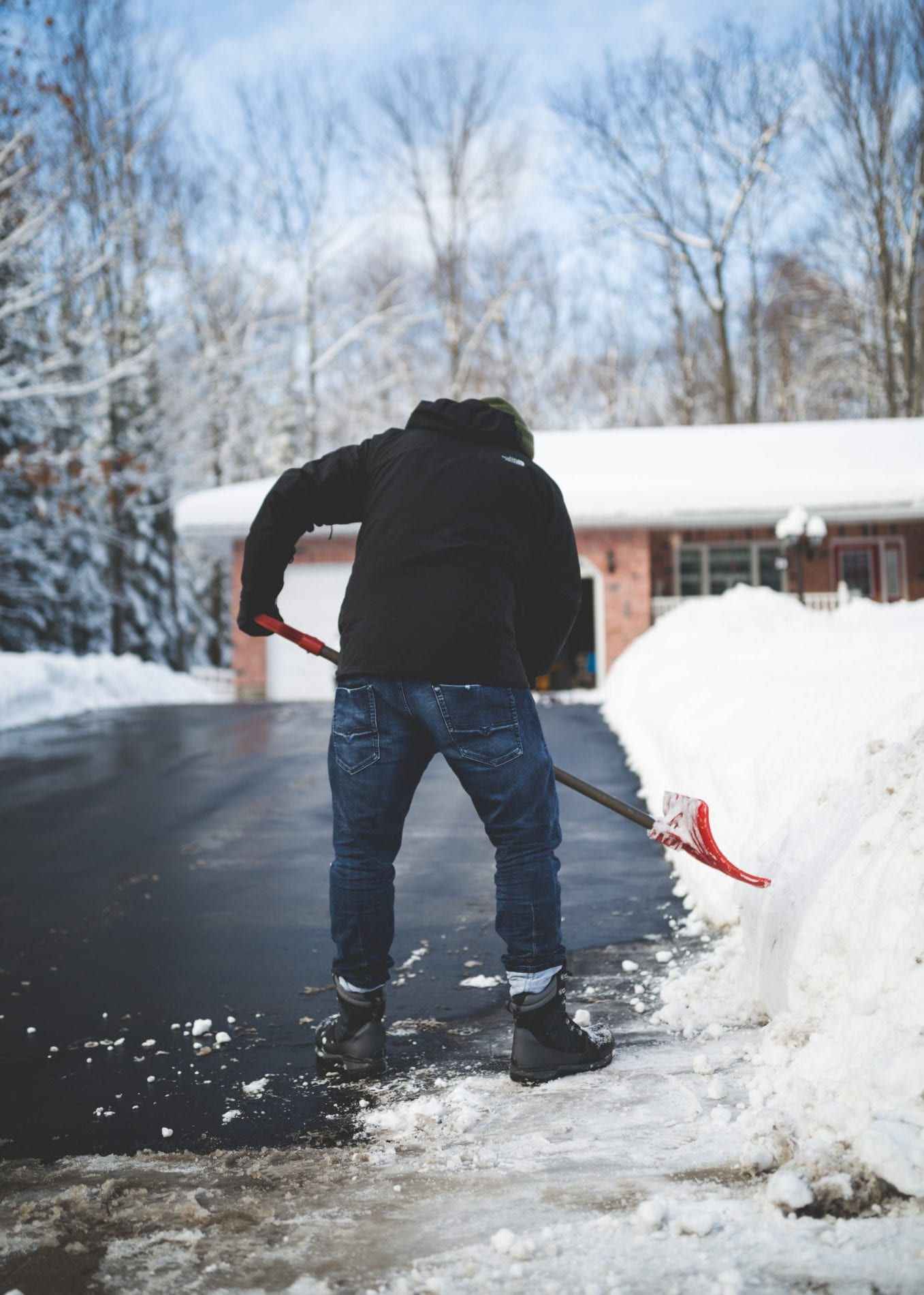 Tips for Reducing Damage to Driveway Cracking
